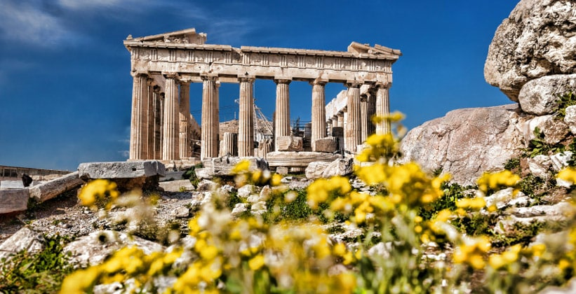 Античный храм Парфенон в Афинах