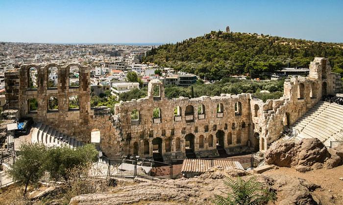 Римский театр (одеон) Акрополя