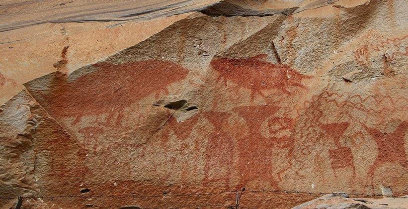 Наскальная живопись Пха Тэм