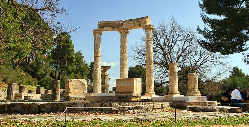 Храм Геры (Олимпия – место рождения Олимпийских игр) в Греции