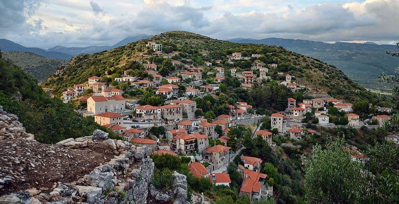 Деревня Каритена в Греции