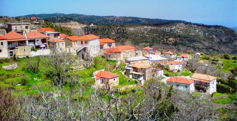 Деревня Козмас в Греции
