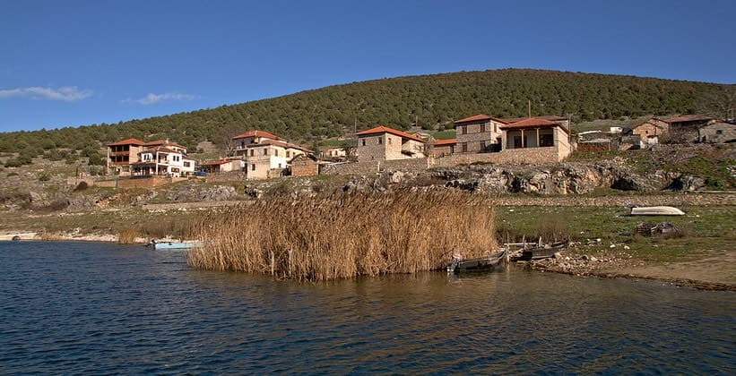 Деревня Псарадес в Греции