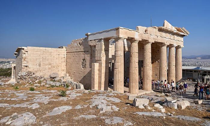 Восточный фасад Пропилеи Афинского Акрополя