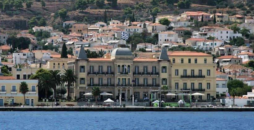 Греческий город Спеце