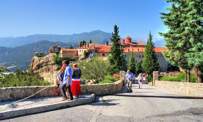 Экскурсии по монастырям Метеоры в Греции