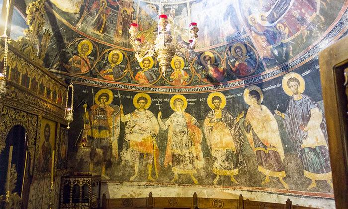 Фрески монастыря Святой Троицы в Греции