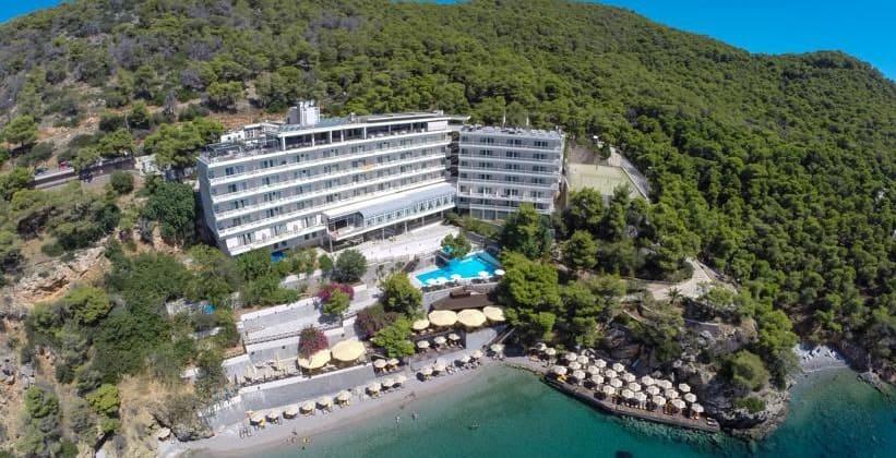 Отель Sirene в городе Порос