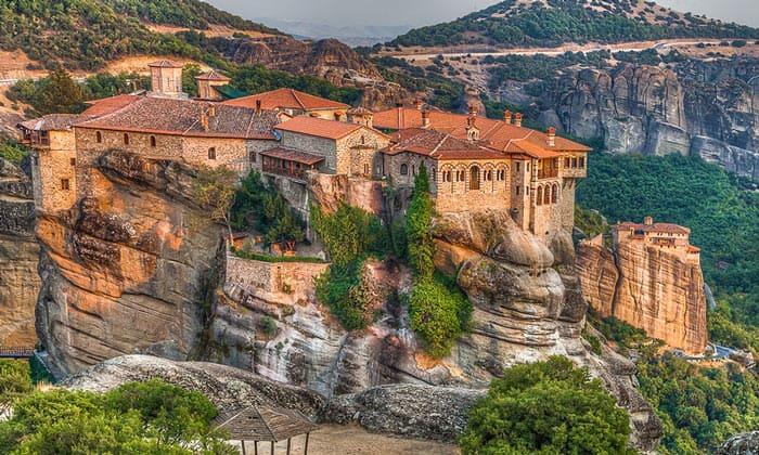 Монастырь Святого Варлаама в Греции