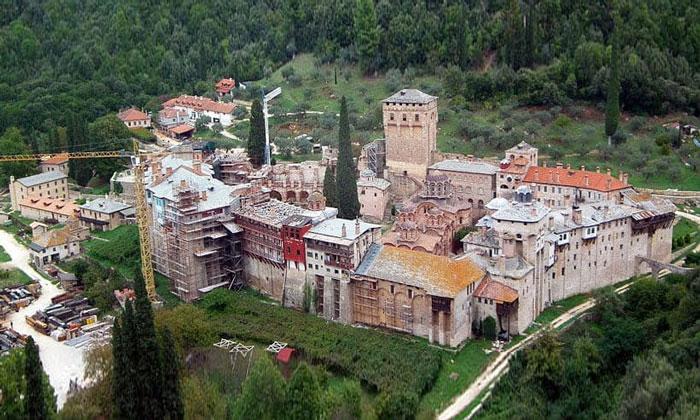 Монастырь Хиландар (гора Афон) в Греции