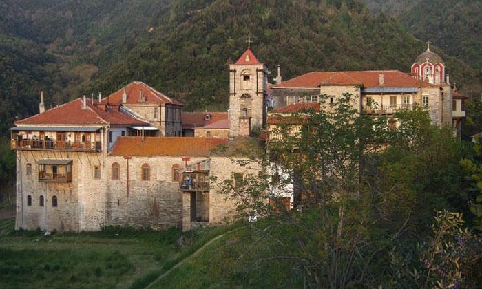 Монастырь Констамонит (гора Афон) в Греции