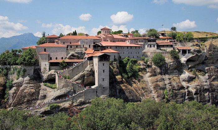 Монастырь Мегала Метеора в Греции