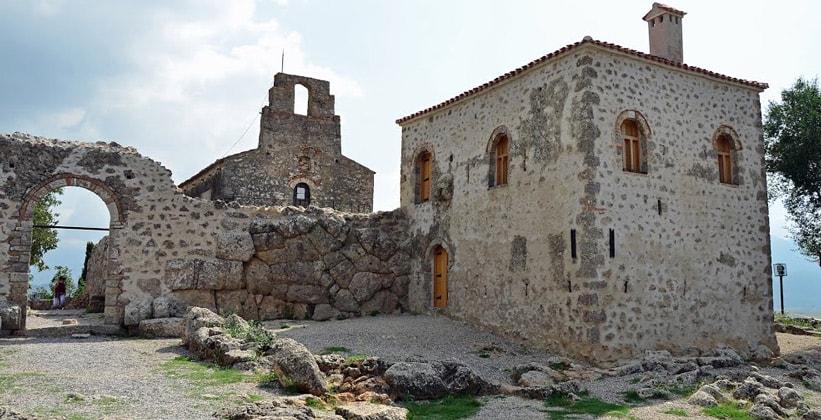 Некромантион Ахерона в Греции