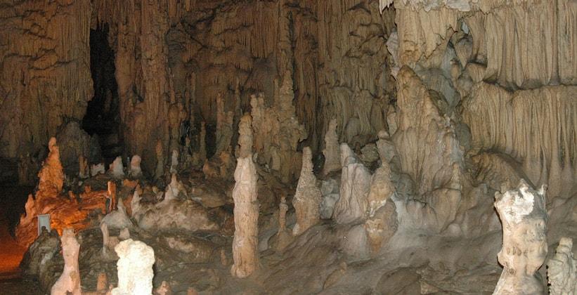 Пещеры Перама в Греции