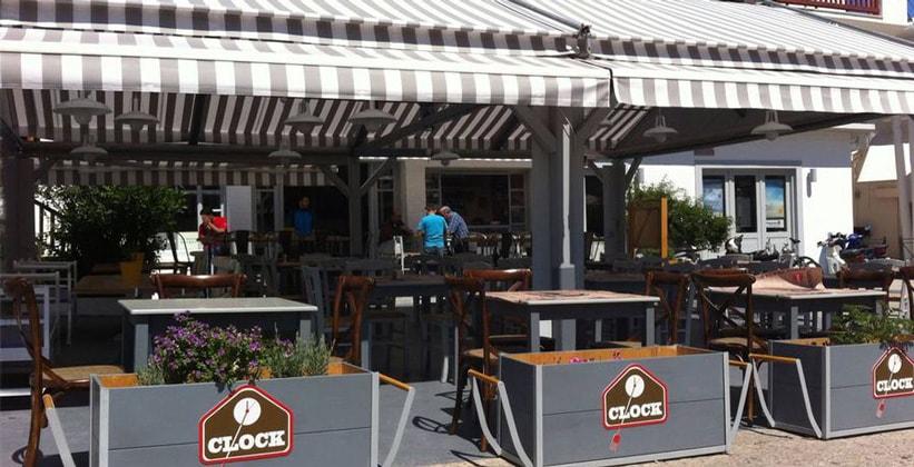 Ресторан Clock в городе Спеце (Греция)
