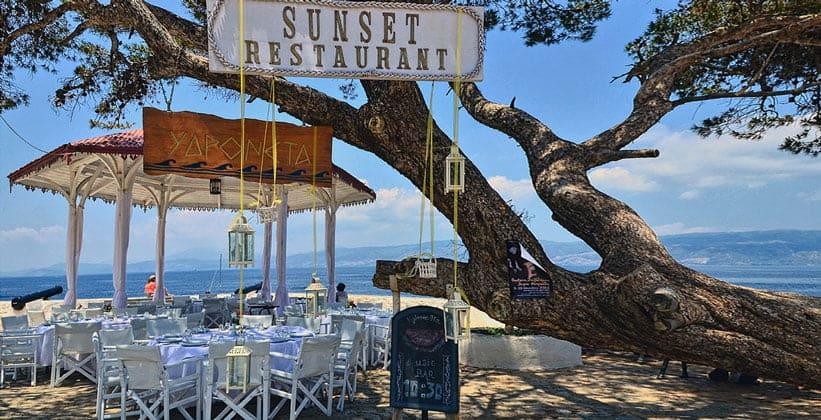 Ресторан Sunset на острове Идра (Греция)