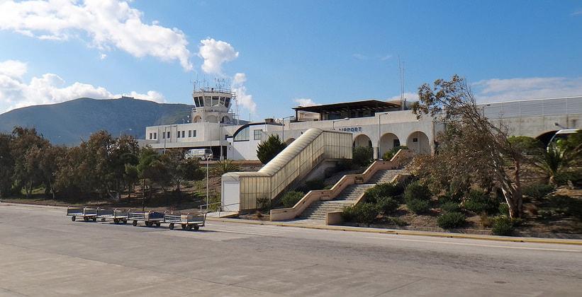 Аэропорт на острове Санторини (Греция)