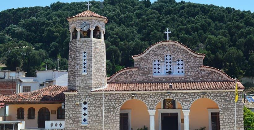 Церковь в городе Парга (Греция)