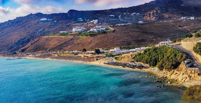 Пляж Элья на острове Миконос (Греция)