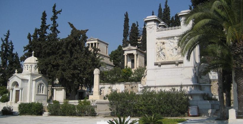 Кладбище Прото-Некротафио в Афинах (Греция)
