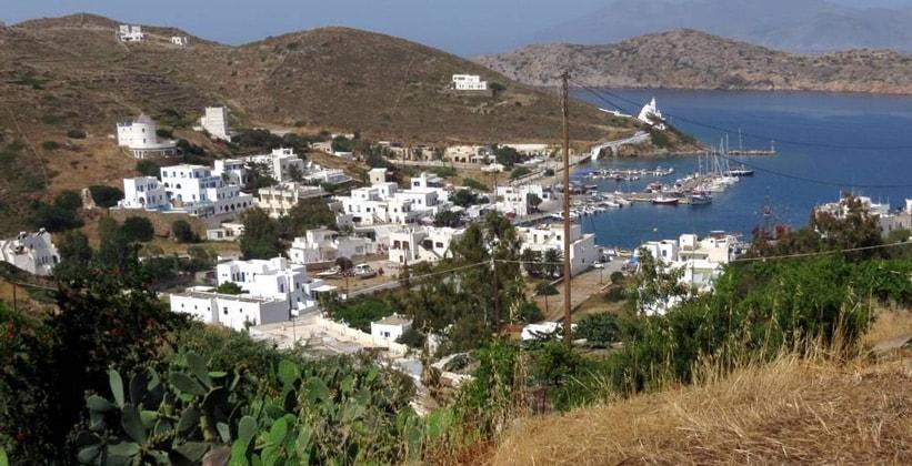 Селение Ялос на острове Иос (Греция)