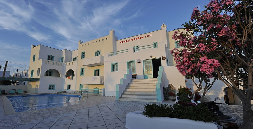 Отель Korali Garden в городе Наксос