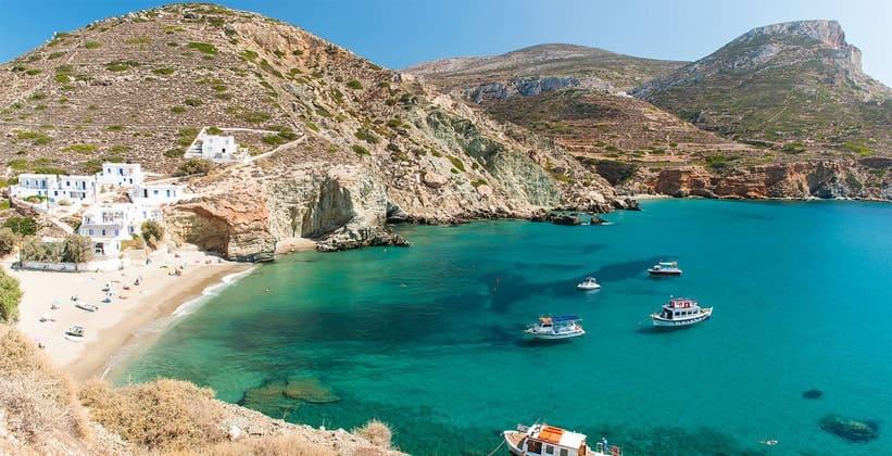 Курорт Ангали на острове Фолегандрос (Греция)