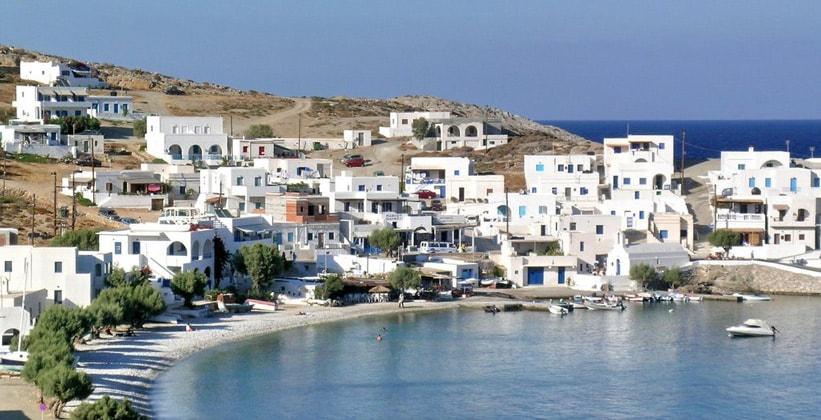 Курорт Каравостаси на острове Фолегандрос (Греция)