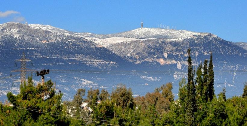 Гора Парнис в Греции