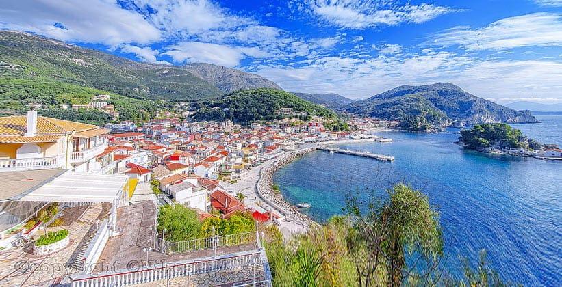 Город Парга в Греции