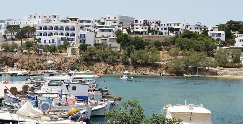 Деревня Писо-Ливади на острове Парос (Греция)