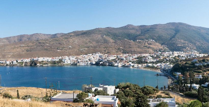 Столица острова – город Андрос (Греция)