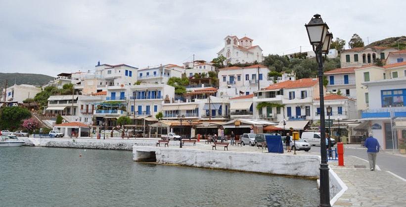 Деревня Батси на острове Андрос (Греция)