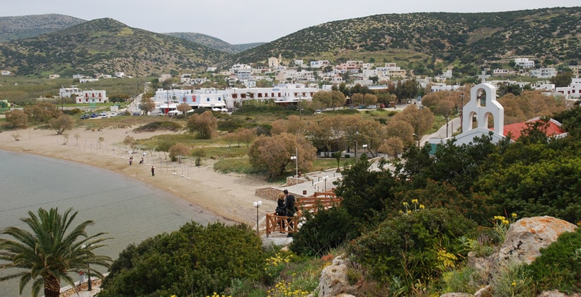 Деревня Галиссас на острове Сирос (Греция)