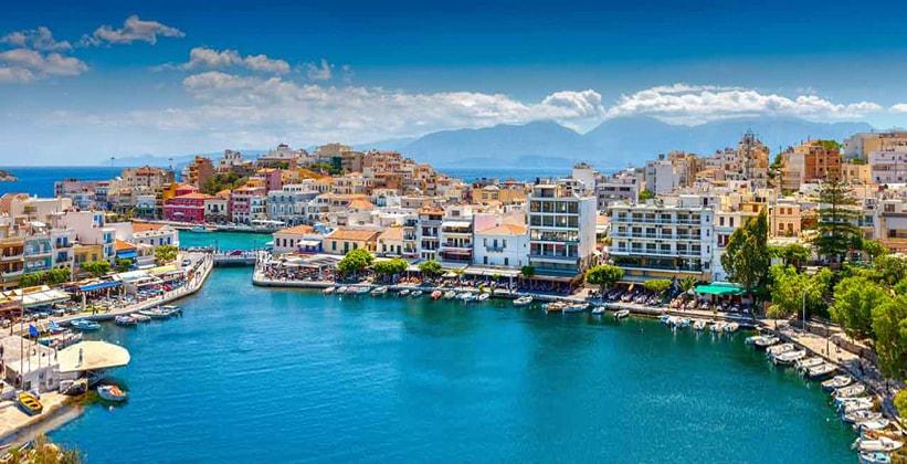 Греческий город Айос-Николаос