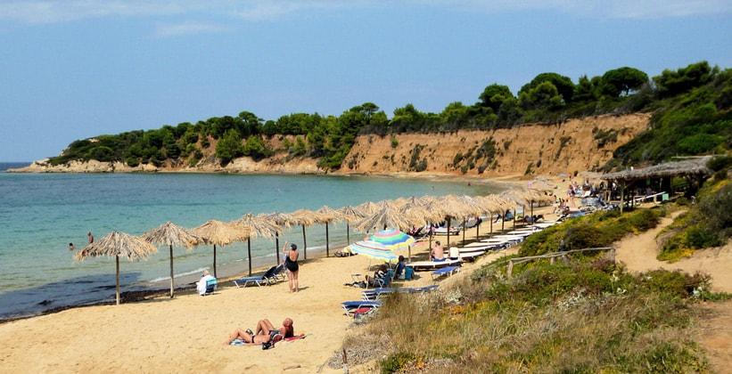 Пляж Mandraki на острове Скиатос (Северные Спорады – Греция)