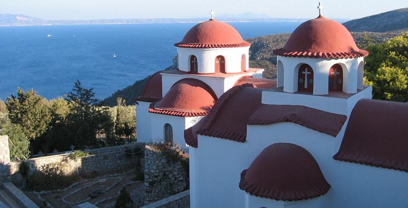 Монастырь в городе Потия (Греция)