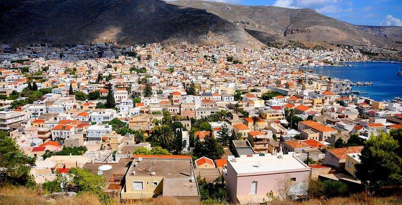 Город Потия в Греции