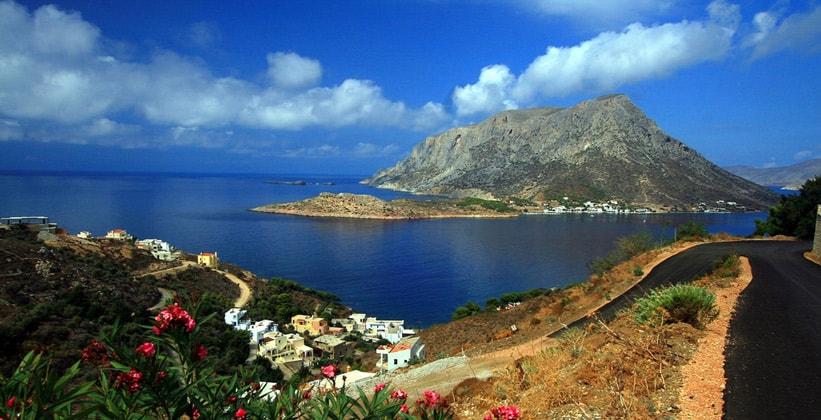 Вулканический островок Телендос в Греции