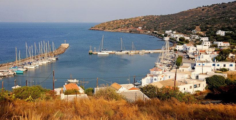 Деревня Пали на острове Нисирос (Греция)