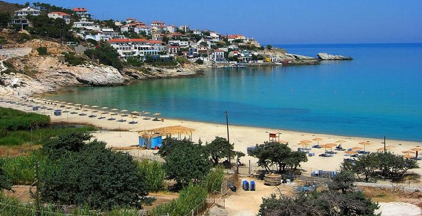 Пляж Ливади в городе Арменистис (Греция)