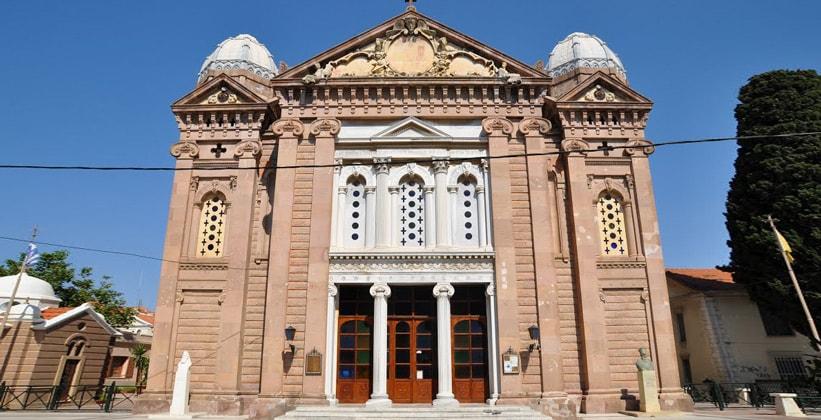 Церковь Айос Терапон в городе Митилини (Греция)