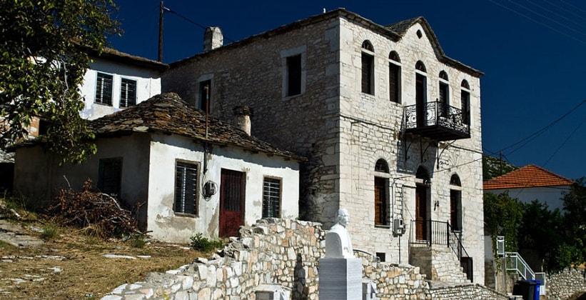 Деревня Теологос на острове Тасос (Греция)