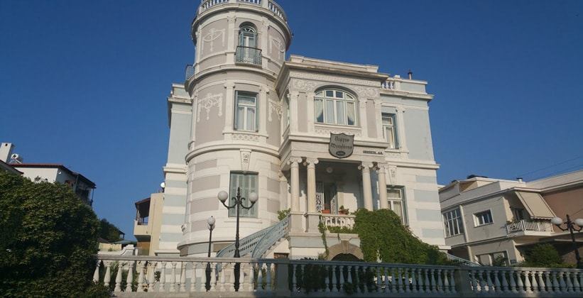 Отель Pyrgos в городе Митилини (Греция)