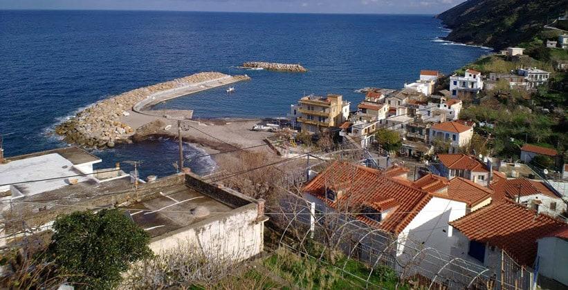 Курорт Каравостамо на острове Икария