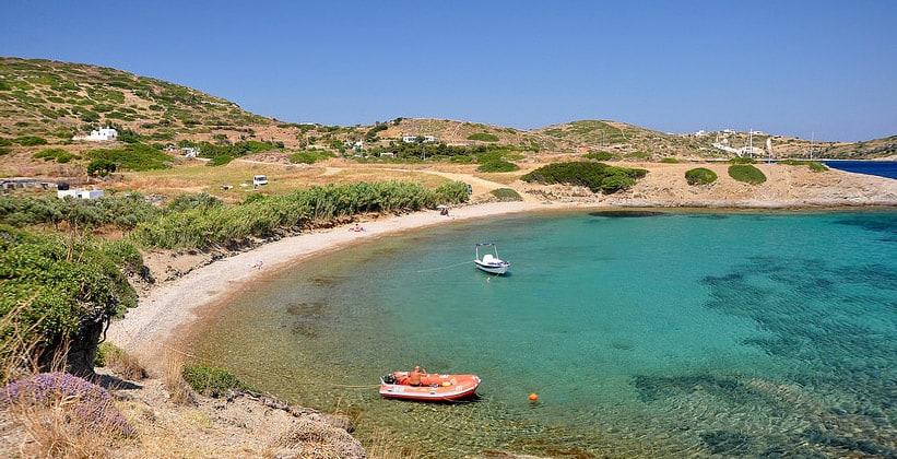 Бухта Папандрия на острове Липси (Греция)