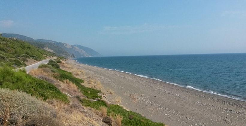 Пляж Ватера на острове Лесбос (Греция)