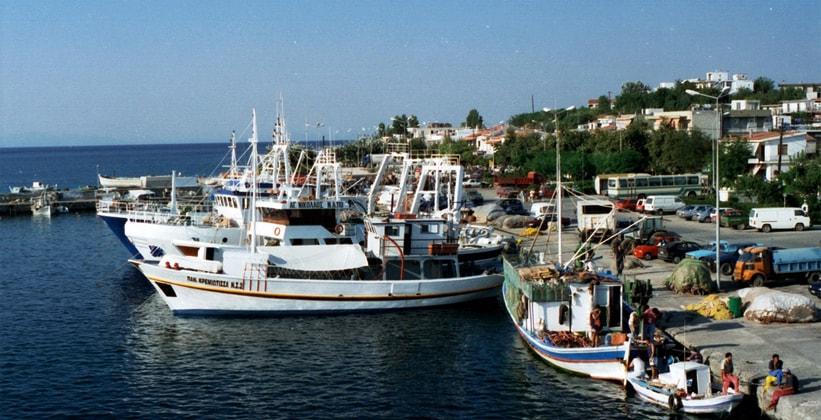 Рыболовные суда на острове Самотраки