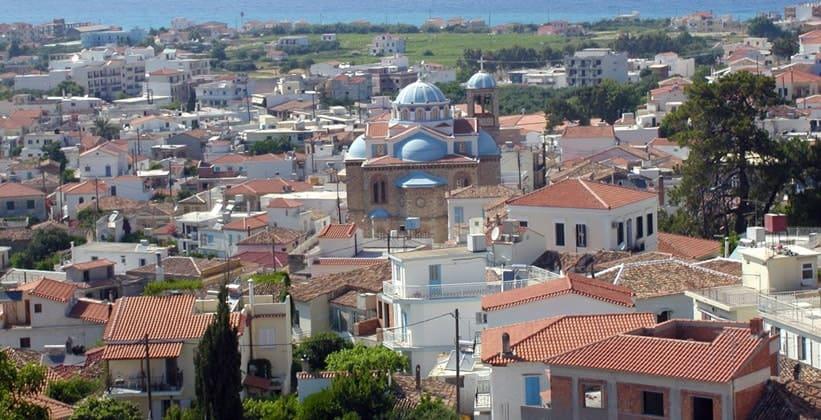 Город Карловаси на острове Самос (Греция)