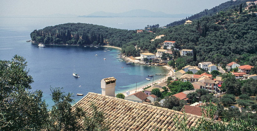 Курорт Айос-Стефанос-Синион на острове Корфу